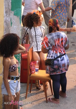 alicia_keys_upskirt_on_a_videoshoot_02