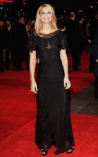 anes_at_the_Me_and_Orson_Welles_UK_premiere_in_London_02
