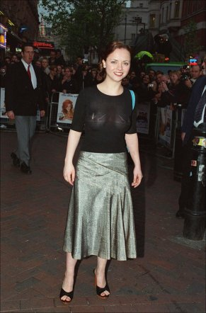 christina_ricci_see_through_at_the_one_night_at_mccools_premiere_in_uk_08