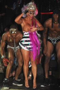 Coco_boob_slip_at_POPLUXE_Fashion_Show_in_NYC_04