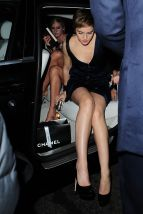 Emma_Watson_Outside_BAFTA_Nominees_Party_in_London_04