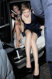 Emma_Watson_Outside_BAFTA_Nominees_Party_in_London_05