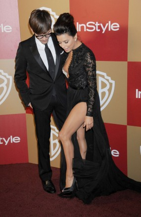 Eva_Longoria_nip_slip_at_the_14th_Annual_Warner_Bros_InStyle_Golden_Globe_After_Party_in_Beverly_Hills_02