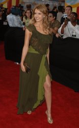 Jessica_Alba__2005_MTV_Movie_Awards_3