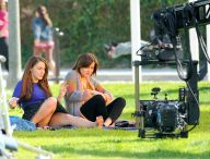 jessica_lowndes_upskirt_on_the_set_of_90210_04