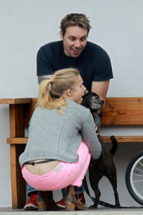 kristen_bell_butt_crack_while_taking_a_bike_ride_in_la_hq_05