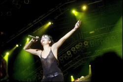 Lily_Allen_see_thru_on_stage_of_the_Way_Out_West_Festival_01
