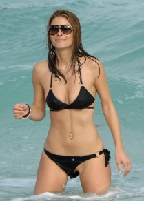 Maria_Menounos_wardrobe_malfunction