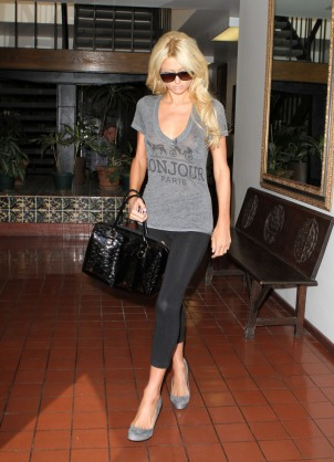 Paris Hilton & Her Nipples Out In Santa Monica