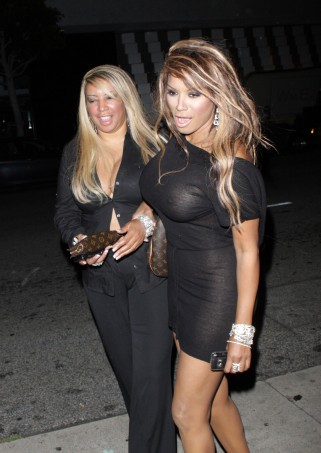 Traci Bingham Dines In Beverly Hills