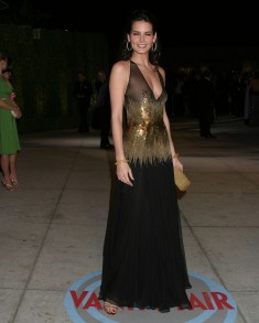 Angie_Harmon_2004_Vanity_Fair_Oscar_Party_05