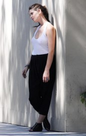 Ashley_Greene_on_a_Photo_Shoot_in_west_Hollywood_me_10