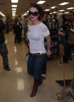 Britney_Spears_Petco_11