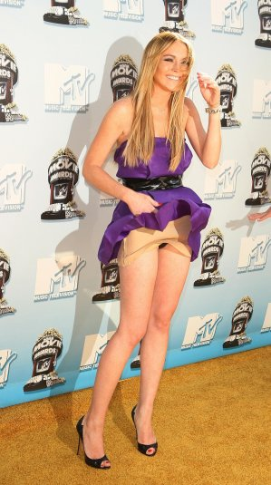 Lindsay_Lohan-2008_MTV_Movie_Awards_Arrivals_02