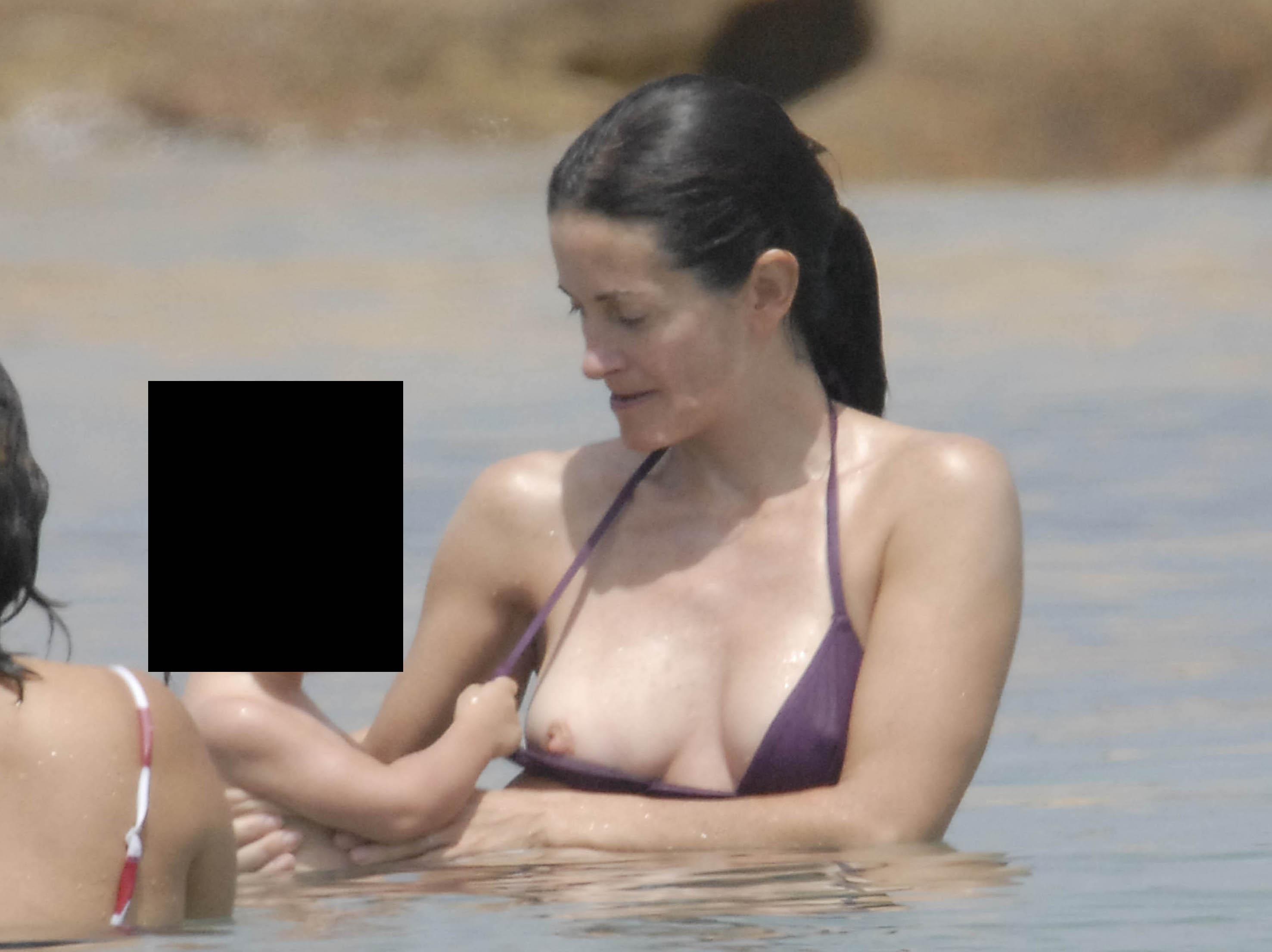 Courtney cox nipple slip would