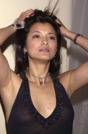 kellyhu_seethrough06