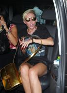 miley_cyrus_upskirt_arriving_at_bbc_radio_1_studios_in_london_08