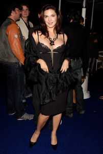 Laura_Harring_02