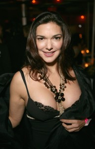 Laura_Harring_03