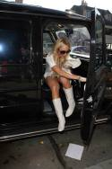Lindsay_Lohan_goes_shopping_in_Hollywood_03