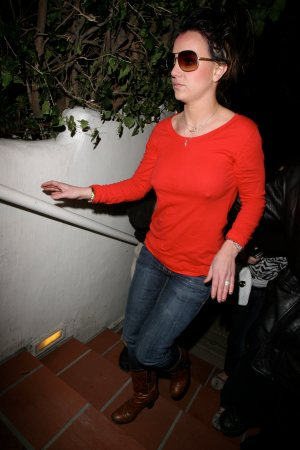 Britney_Spears_out_and_about_in_LA_14
