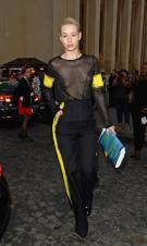 iggy_azalea_see_thru_blouse_at_the_maison_martin_margiela_fashion_show_in_paris_21