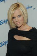 Jenny_McCarthy-5th_Anniversary_of_the_Sapphire_Club_in_Las_Vegas-03