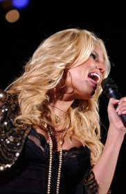 jessica_simpson_performs_at_wango_tango_concert_07