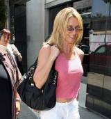 nicolette_sheridan_shopping_in_beverly_hills_13
