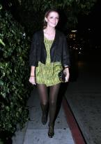 Mischa_Barton_arrives_at_the_Chateau_Marmont_04